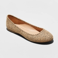 Women slip-on flat in leopard print faux suede with a round toe size 10